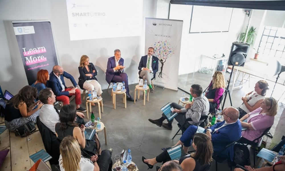 SMART Trio Discusses the Importance of Empathy in Business